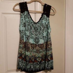 Tank top crochet detail and sequins xl